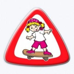 3D samolepka na auto-Dítě v autě- holka na skateboardu- BEZ TEXTU